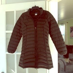 Patagonia long puffer coat. Size S. Chocolate.